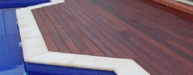 Tarima piscina Merbau